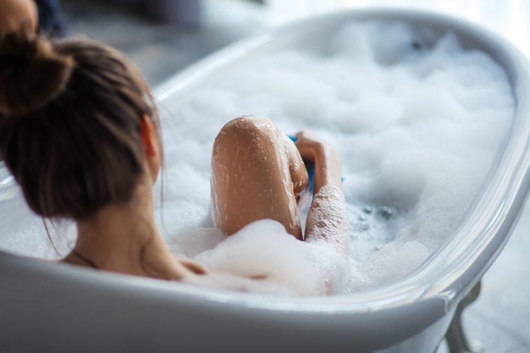 乾燥肌さんはお風呂上がりに要注意!